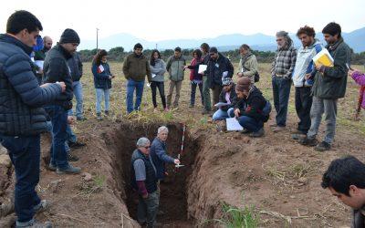 Centro Ceres realiza seminario sobre fertilidad y salud en la agricultura conla participación de asesor mexicano en agricultura orgánica, experto en microorganismos del suelo.