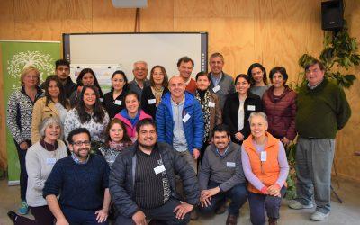 Centro Ceres realiza taller de transferencia sobre polinización natural de chirimoyo