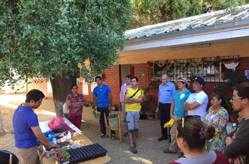 Centro Ceres promueve la alimentación saludable y el aprendizaje en la naturaleza conformando una red de huertos escolares y comunitarios en Hijuelas.