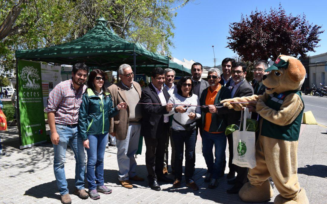 """Ceres participa del """"Día de la agricultura orgánica"""" en la Plaza de Quillota."""